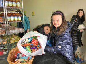 Nosh for Neighbors Bat Mitzvah Project